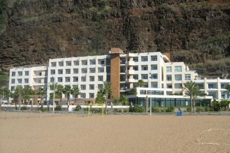 Calheta Beach Charter Snídaně