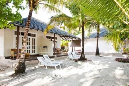 Adaaran Select Meedhuparu, Maledivy,