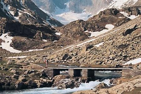 Francouzské a španělské Pyreneje Polopenze