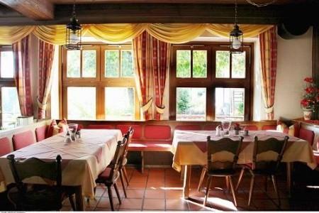 Rakousko - Salcbursko / Hotel Alte Post Ve Faistenau