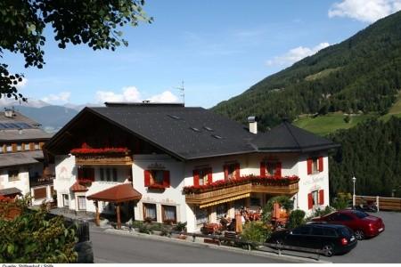 Hotel Stilfserhof-Stilfs