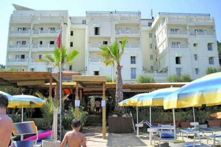 Hotel Marechiaro - autobusem