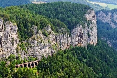 Vídeň a Semmering - nejen pro milovníky vlaků Snídaně