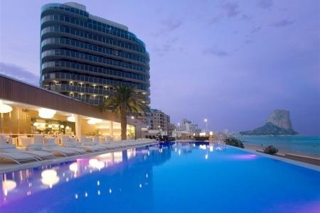 Gran Hotel Sol Y Mar Snídaně