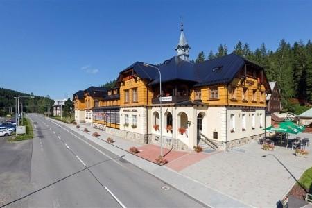 Ski & Wellness Hotel Bauer - Bílá