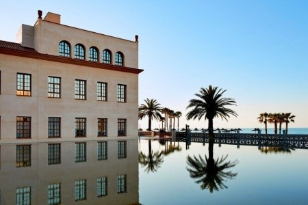 Le Meridien Ra Beach Hotel & Spa Snídaně