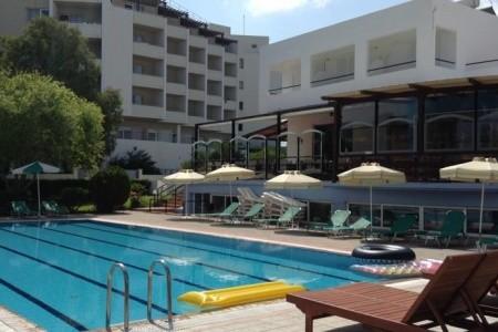 Pylea-Beach-Hotel