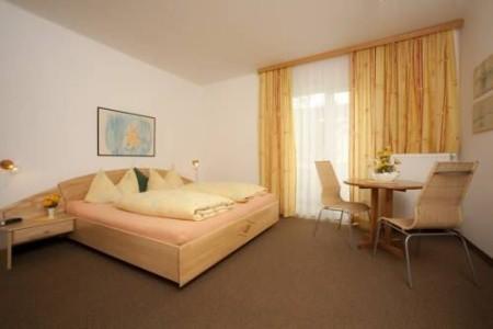 Hotel Villa Flora - Wörthersee - vily