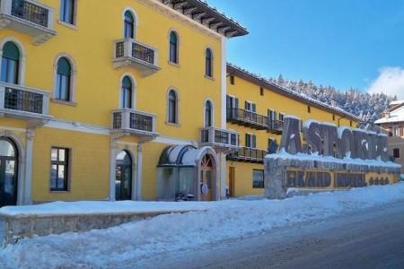Grand Hotel Astoria S Bazénem Pig - Lavarone/folgaria - v únoru