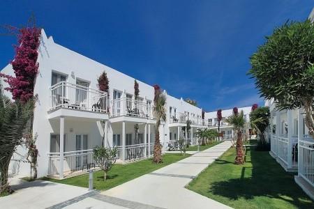 Hotel Smartline Petunya Beach