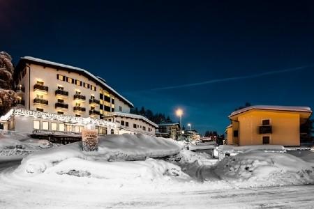 Club Hotel Zodiaco A Rezidence Orizzonte S Bazénem Př– Monte Bondone Itálie Dolomiti Brenta (Val di Sole) last minute, dovolená, zájezdy 2017