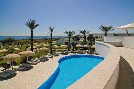 Pietrablu Resort & Spa All Inclusive
