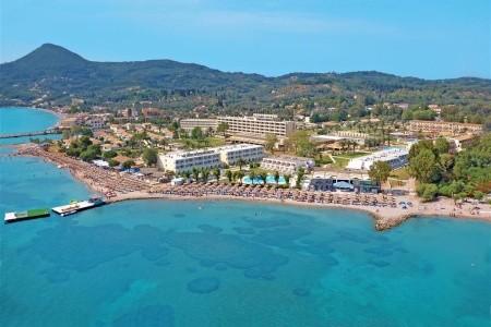 Messonghi Beach, Řecko, Korfu
