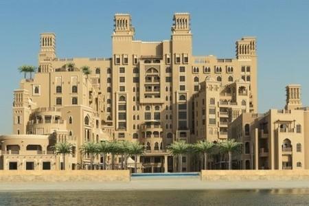 Sheraton Sharjah Beach Resort & Spa - plná penze