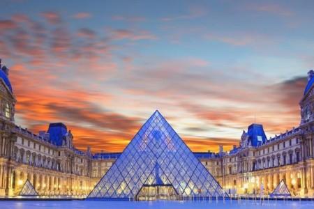 4denní Paříž s návštěvou Versailles a vesničky Marie Antoine Snídaně