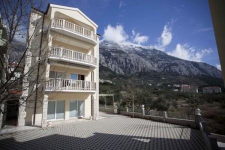 Almera - Makarska