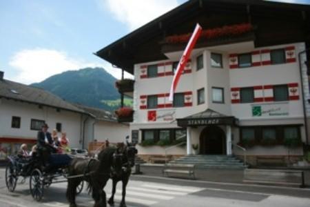 Hotel Standlhof ***, Uderns Polopenze