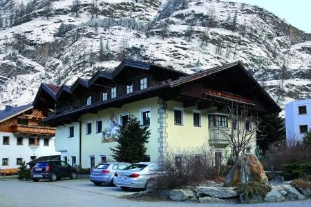 Appartementhaus Schweizerhof Huben