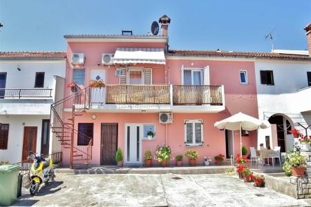 Apartment Ljiljana / Two Bedroom A2 - Last Minute a dovolená
