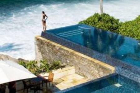 Exotické hotely s nejkrásnějšími bazény