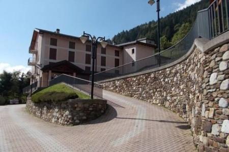 Hotel Casa Alpina - 5Denní Lyžařský Balíček Se Skipasem A Dopravou V Ceně