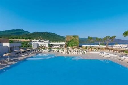 Pollina Resort - letecky all inclusive