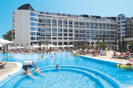 Hotel Chaika Resort