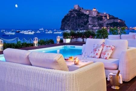 Miramare E Castello, Itálie, Ischia