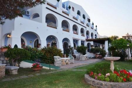 Hotel Arathena Rock Snídaně