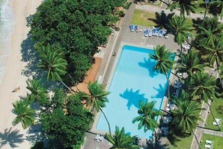 Avani Barbarons Resort Snídaně