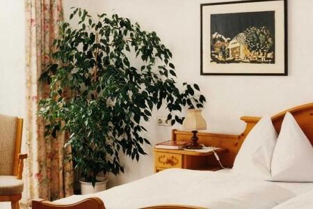 Bad Goisern, Landhotel Agathawirt*** - Léto Snídaně