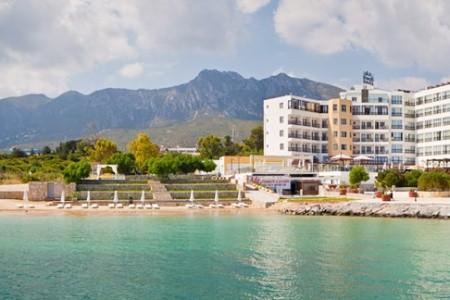 Hotel Ada Beach Polopenze