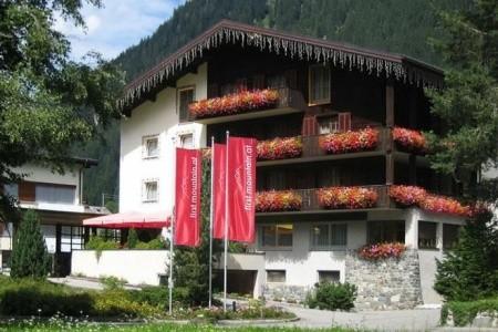 First Mountain Hotel Montafon, Gaschurn - podzimní dovolená