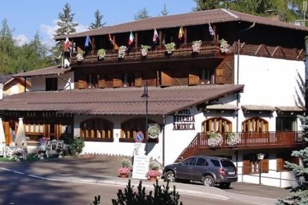 Hotel Vecchia America Ve Folgaridě - 300 M Od Lanovky
