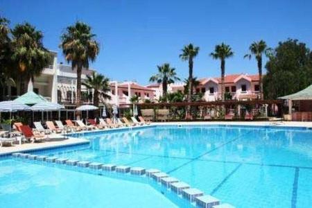 La Hotel, Kypr,