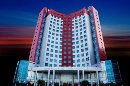 Crown Palace Hotel Ajman - v dubnu