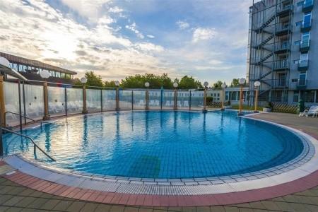 Hotel Izvir - letní dovolená