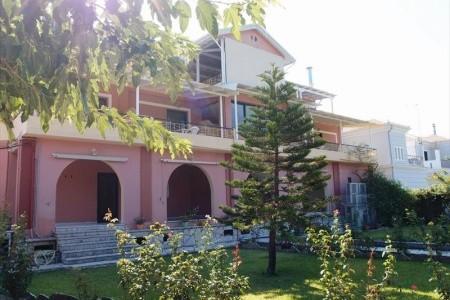 Katopodis Apartments)