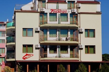 Hotel Tokaliev - Bulharsko  letecky z Košic