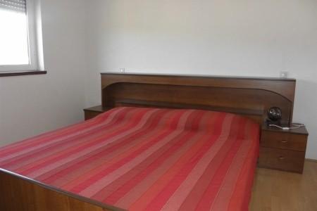 Apartments Rak - v červenci