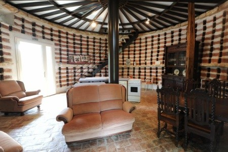 Francie - Burgundsko / Château De Sermizelles