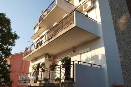 Apartments Grof