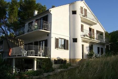 Apartments Biba Ille-Ilic, Chorvatsko, Murter