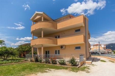 Apartments Višić / Two Bedroom A1