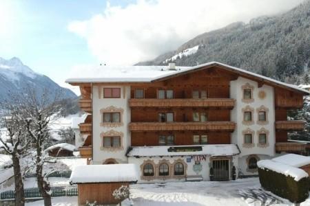 Hotel Alphof Ve Fulpmesu