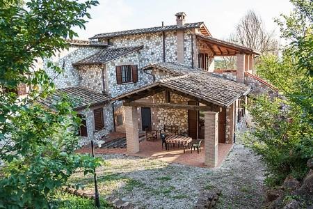 Borgo Saint Claude - Last Minute a dovolená