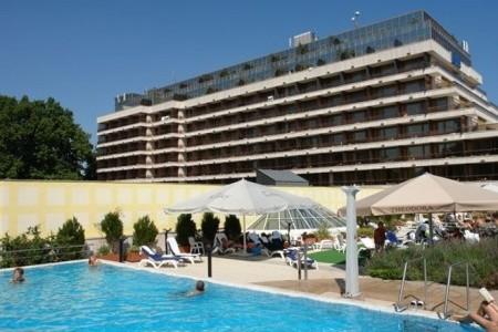 Maďarsko - Budapešť / Danubius Health Spa Resort Margitsziget