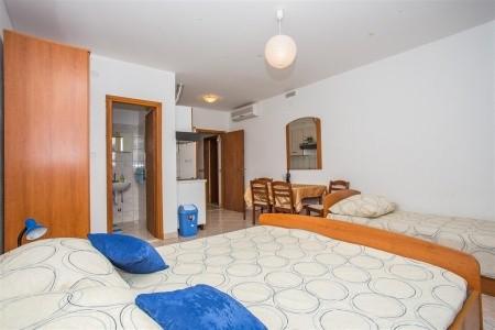 Apartments Ivan - v prosinci