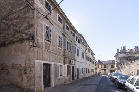 Th00091 Old Town Apartment In Pula - Last Minute a dovolená
