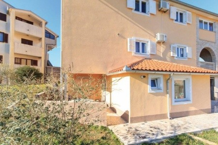 Apartments Jukan / Two Bedrooms A3 - Last Minute a dovolená